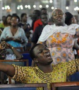 """Apesar do massacre de cristãos na Nigéria, pastor diz que """"a Igreja ainda está de pé"""""""