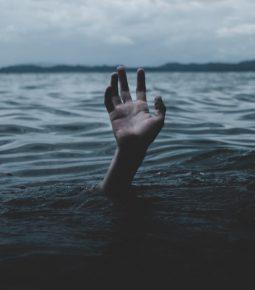 Taxas de suicídio aumentaram 73% no Brasil nos últimos anos