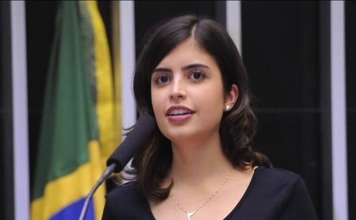 """PDT promete """"ação cirúrgica"""" contra Tabata e mais 7 filiados"""