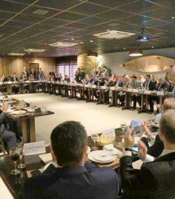 Bancada evangélica defende parceria contra ações do STF