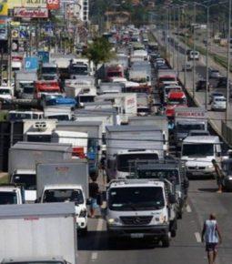 Desagrado de caminhoneiros causa alerta sobre nova greve