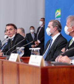 Bolsonaro e Toffoli anunciam comitê contra o coronavírus