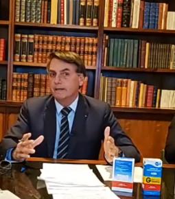 Ajuda aos informais passará para R$ 600, diz Bolsonaro