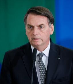 """Bolsonaro ao STF: """"Não somos maiores que nossos poderes"""""""